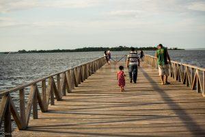 Santarem amazonie, Brésil - jetée sur le fleuve