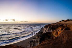 Admirez des couchers de soleil parmi les plus beaux de la planète - © Lucas Ly