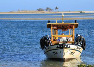 Galinhos, bateau peche fleuve